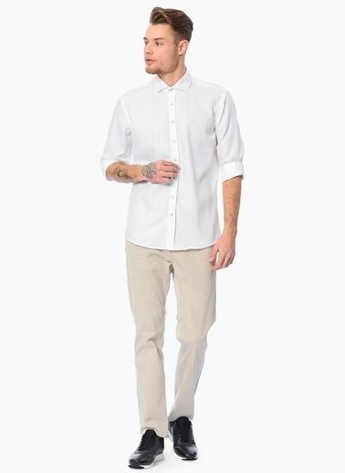 Que Slim Fit Uzun Kollu Gömlek Beyaz